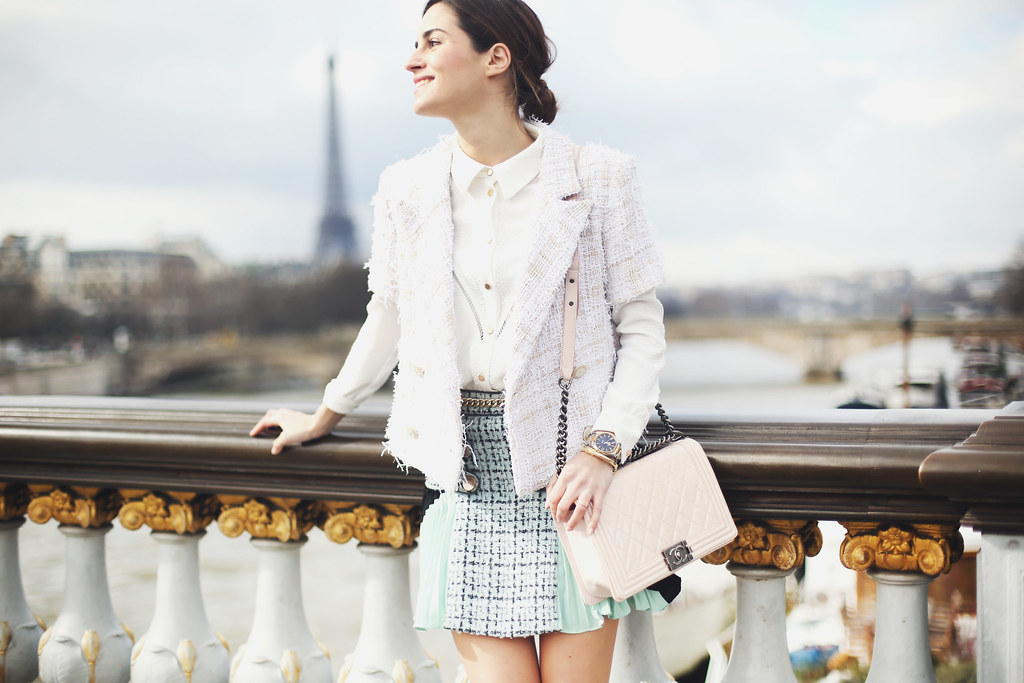 Look of the Day.333: Outside CHANEL PFW