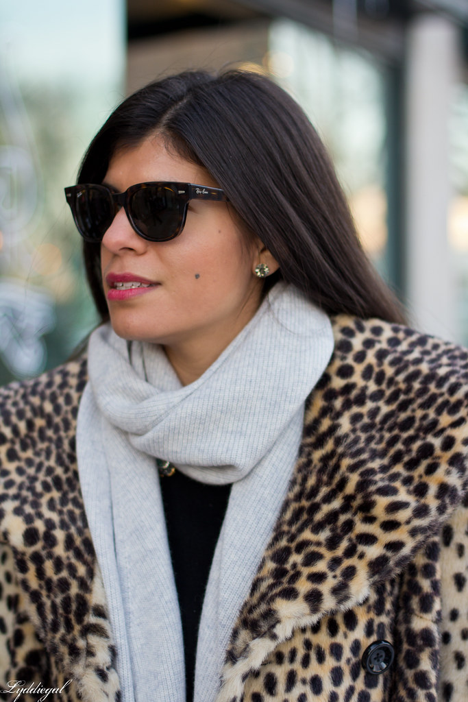 leopard coat, flared jeans, grey scarf-2.jpg