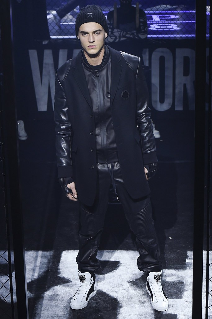 Robbie Wadge3721_FW15 Milan Philipp Plein(VOGUE)