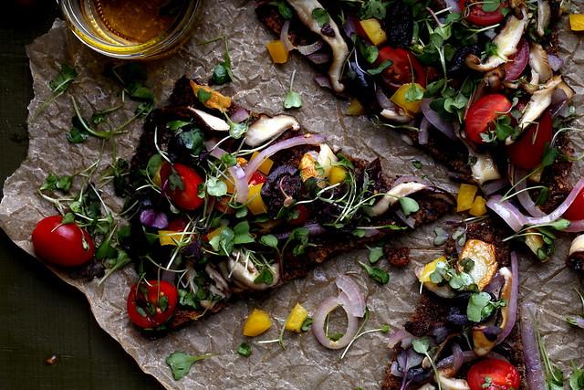 Purple Cauliflower Crust Pizza with Garlic Oil