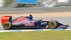 Carlos Sainz pushes STR10