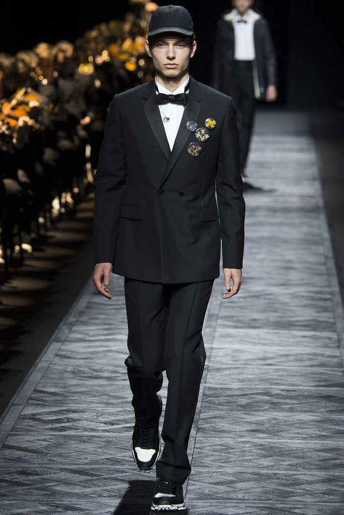 FW15 Paris Dior Homme008_Joris Mortet(VOGUE)