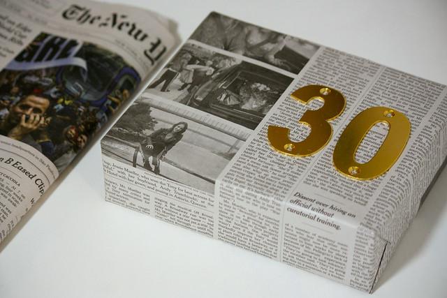 Sanomalehti lahjapaperi Kaikki Paketissa