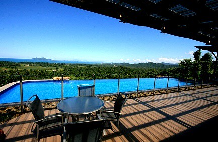 Queensland Villa 509 Private Pool deck and balcony with outdoor