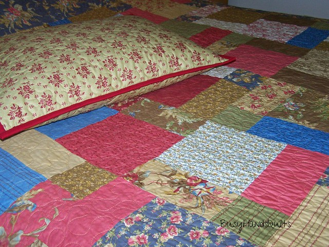 Meadow Disappearing Nine Patch Full Size Quilt