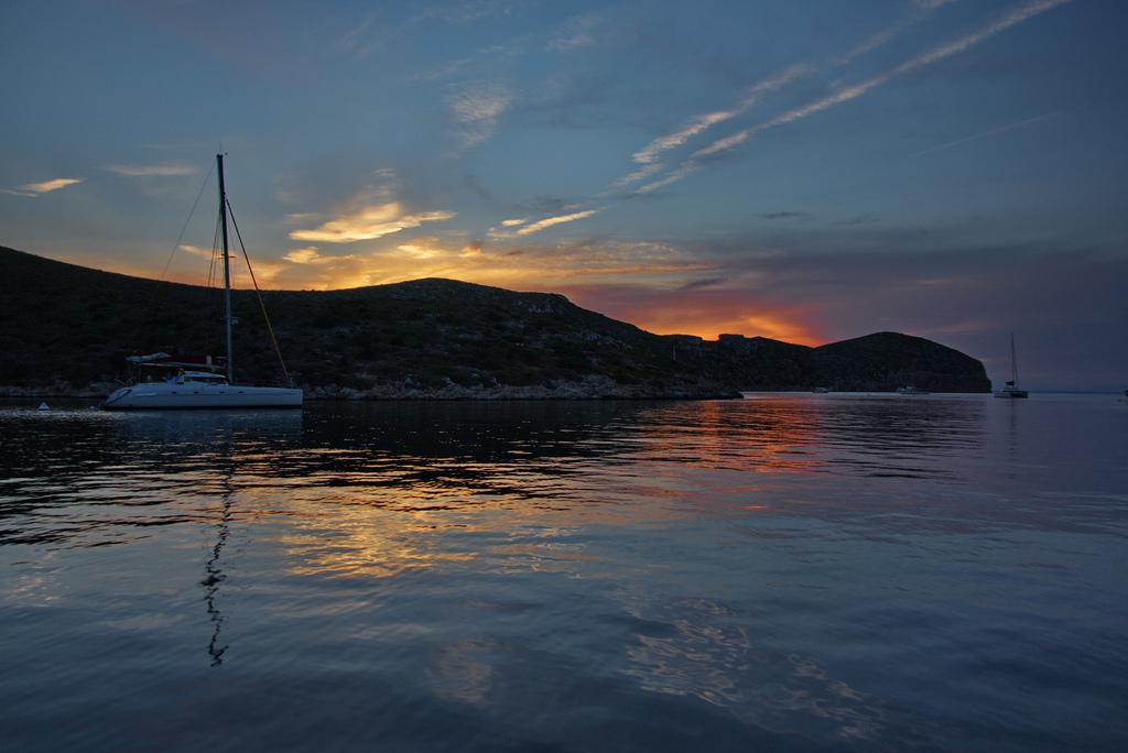 Puesta de sol en la isla de Cabrera. Autor, Ingo Meironke