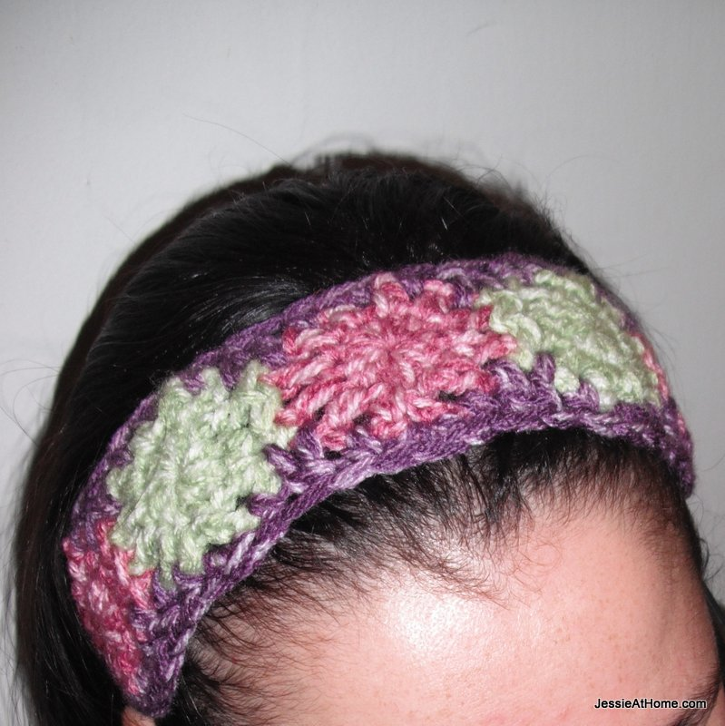 Free-crochet-dotted-headband-pattern-front