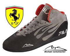 cross training shoe(0.0), running shoe(0.0), leather(0.0), tennis shoe(1.0), outdoor shoe(1.0), sneakers(1.0), footwear(1.0), shoe(1.0), wrestling shoe(1.0), skate shoe(1.0), athletic shoe(1.0), brand(1.0),