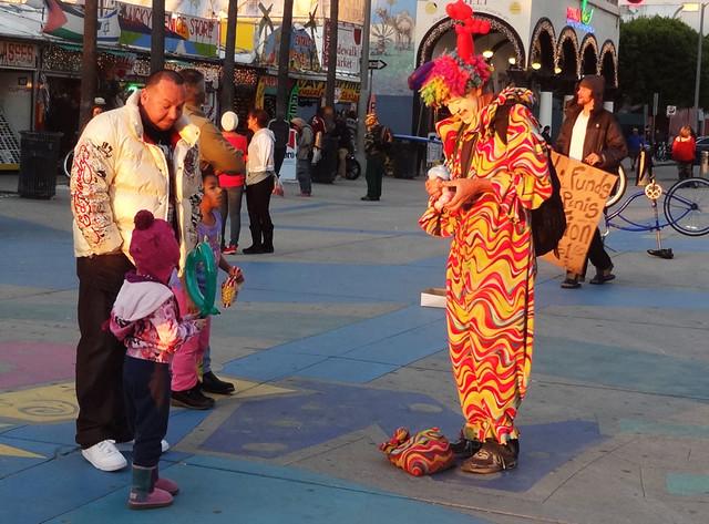 venice-street-performer