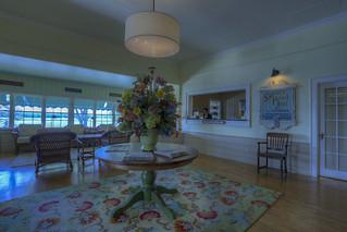 Spruce Point Inn Lobby