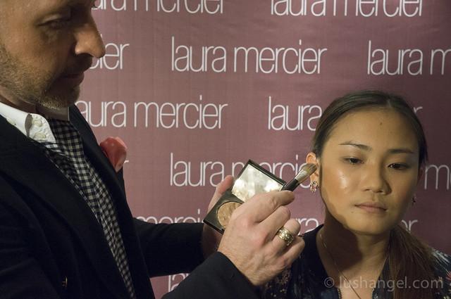 laura-mercier-illuminator