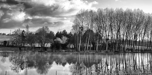 sur la route de Nantes.....3 clichés by ime-imisa ....sans répit .......