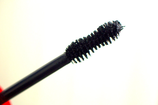 CG Flamed Out mascara wand