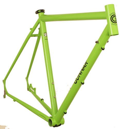 <p>Front View of Gunnar Hyper-X in Lime Twist with Bullseye Black Decals.  The Hyper-X offers the light weight and handling of a great road/cross bike, with the superior wet braking of disc brakes.</p>