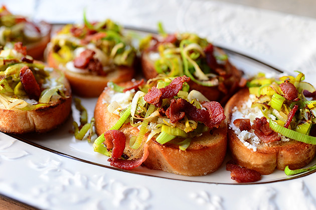 Bruschetta with Goat Cheese, Leeks, and Bacon