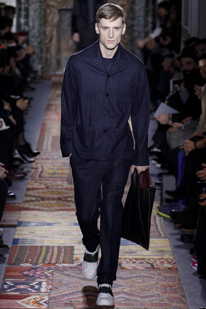 FW14 Paris Valentino008_George Barnett(VOGUE)