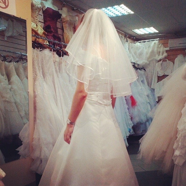 Simple Wedding Dress Man : Easy if a man want to buy wedding dress crossdress crossdressing