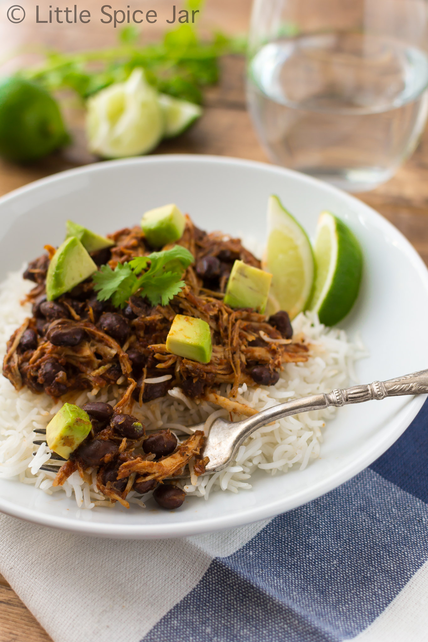slow cooker salsa chicken white rice with diced avocados