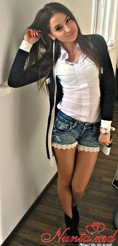 "Concurs "" 8 Martie "" 2015 > Daniela Carcea"