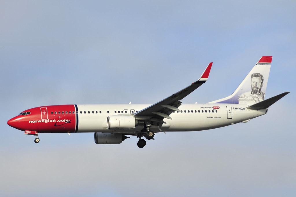 LN-NGW - B738 - Norwegian