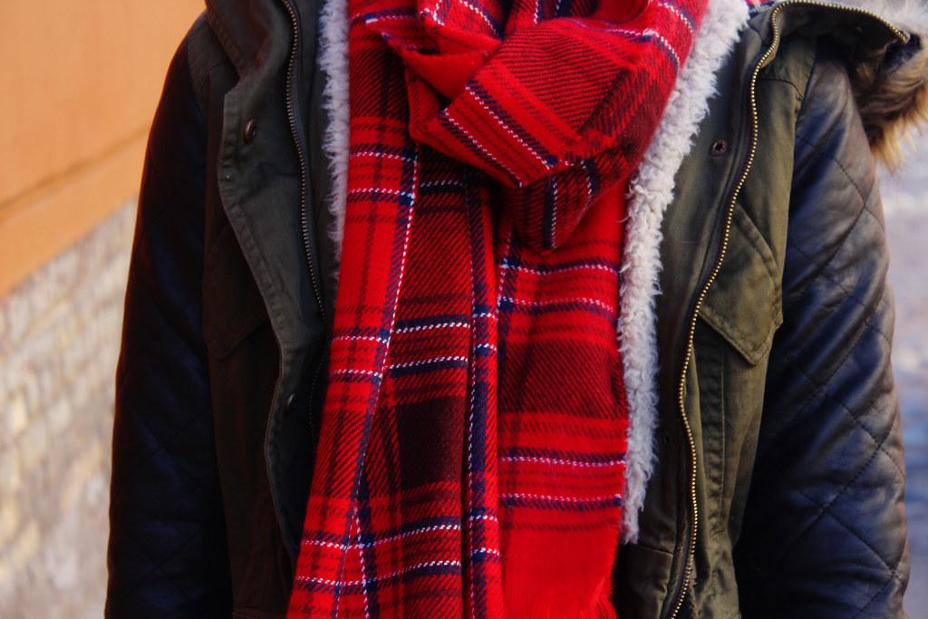 tartan-pattern-scarf-hm