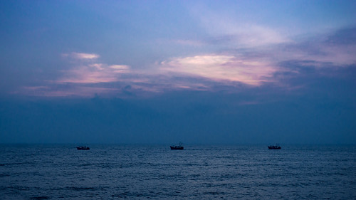 sea sky beach sunrise boat fishing fishermen pondicherry colourfulsky