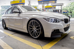coupã©(0.0), convertible(0.0), sports car(0.0), automobile(1.0), automotive exterior(1.0), executive car(1.0), bmw 3 series (f30)(1.0), wheel(1.0), vehicle(1.0), performance car(1.0), automotive design(1.0), bmw 3 series gran turismo(1.0), rim(1.0), bmw 335(1.0), bumper(1.0), sedan(1.0), personal luxury car(1.0), land vehicle(1.0), luxury vehicle(1.0),