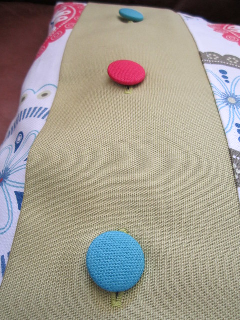 button cushion (3)