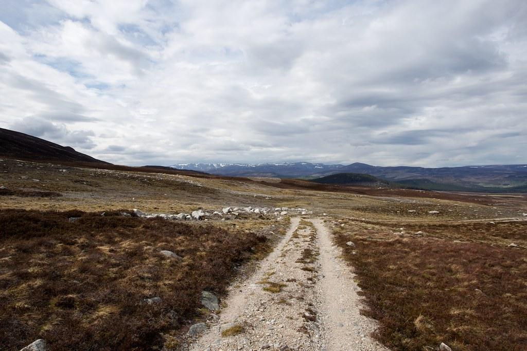 Descent into Glen Gelder
