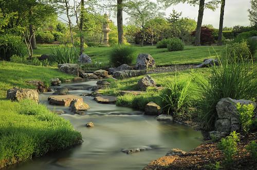 longexposure morning nature garden japanese japanesegarden spring stream stlouis boulder boulders missouri lantern saintlouis missouribotanicalgarden mobot