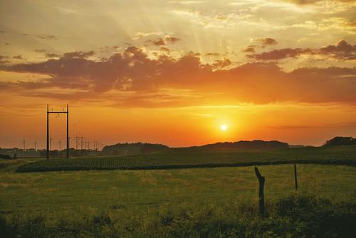 blue sunset orange sun countryside nikon midwest country windmills iowa farmland gravel gravelroad nikond600 iowasunset