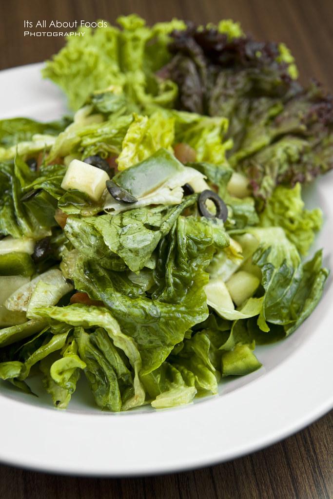 greek-salad-the-journey-cafe
