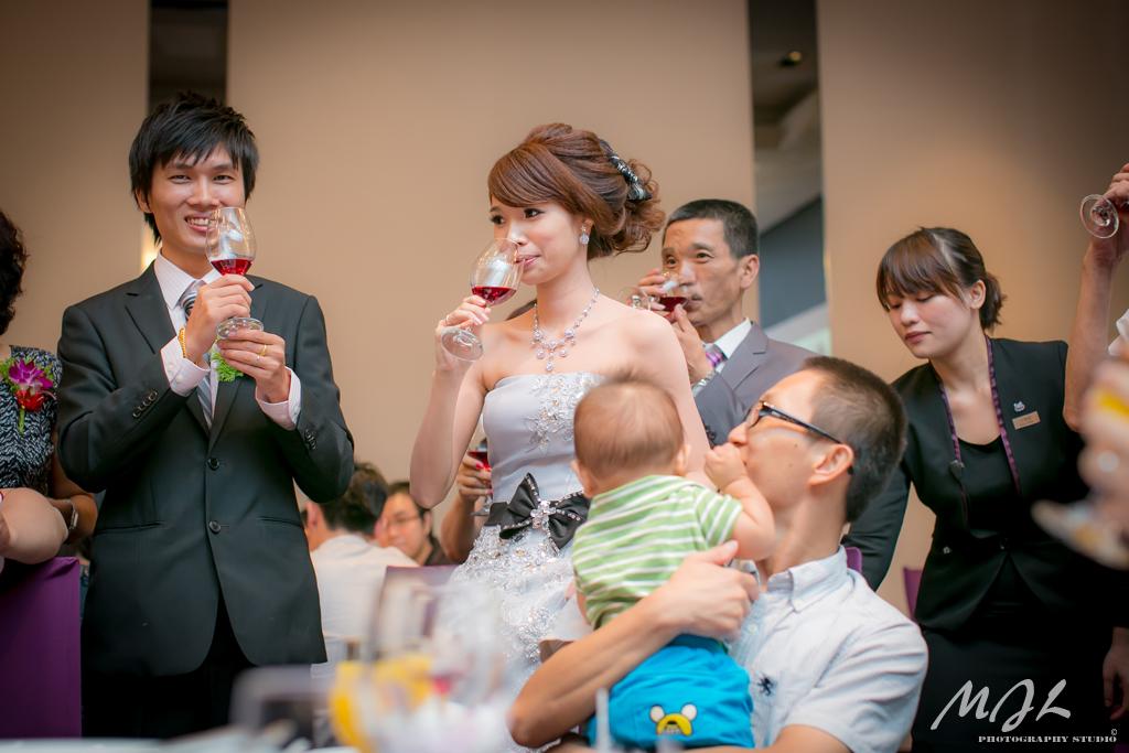 喵吉啦,新竹婚攝,芙洛麗飯店,桃園住都飯店,新秘俞老師,婚攝,婚禮紀錄