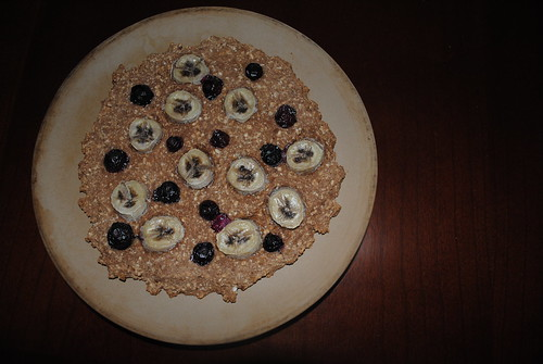 blueberry banana breakfast pizza (1)