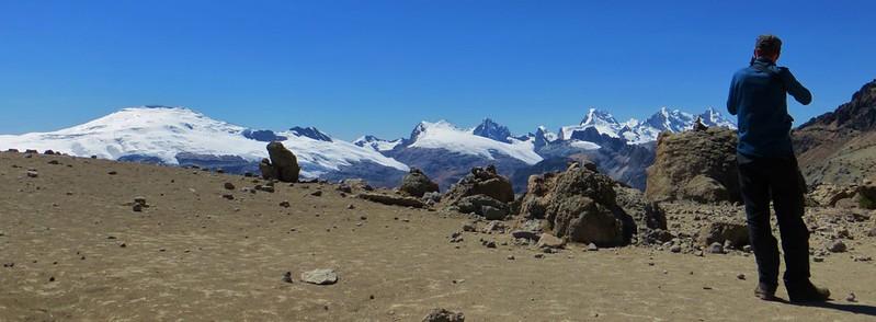 Snapping the Cordillera Raura