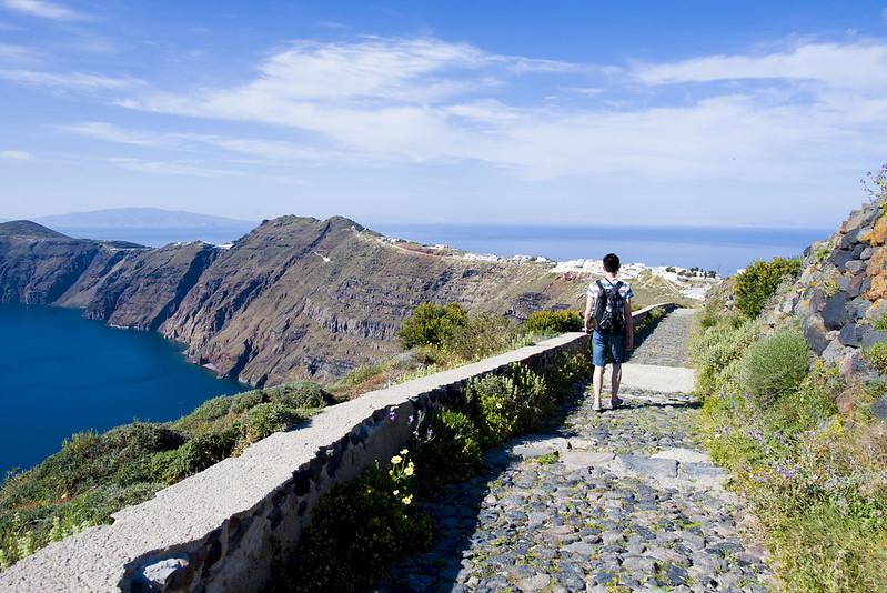 Hike Fira to Oia Santorini Greece