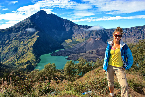 Lina strikes a pose with Rinjani