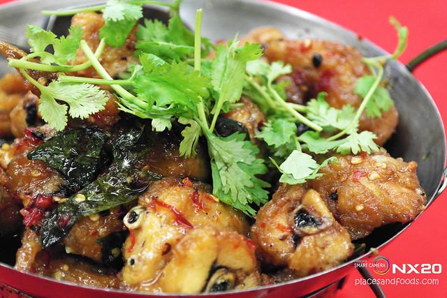 mun kee imbi thai style chicken