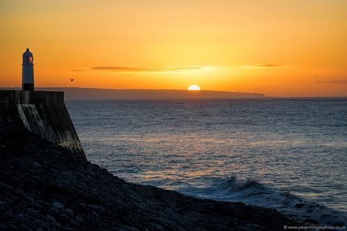 uk sea sun sunrise dawn coast cymru shore welsh porthcawl 2013