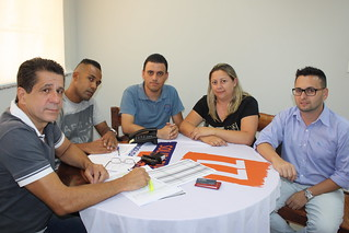 Nilcéia e Júnior, de Nova Campina, em reunião no Solidariedade-SP