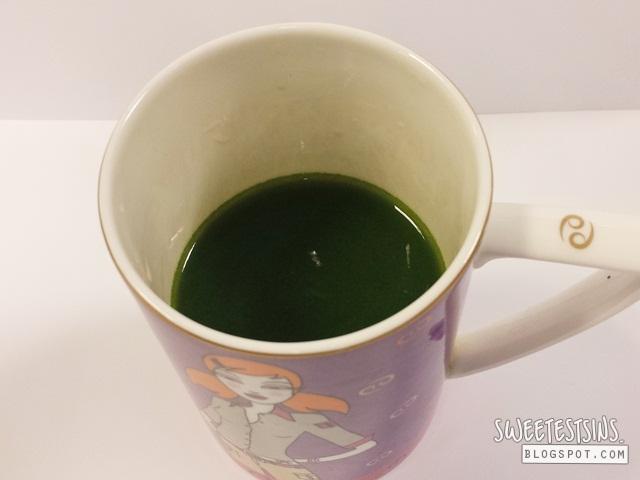 Yakult Maroyaka Kale with water