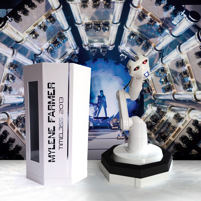 Mf_Timeless2013_coffret_robot