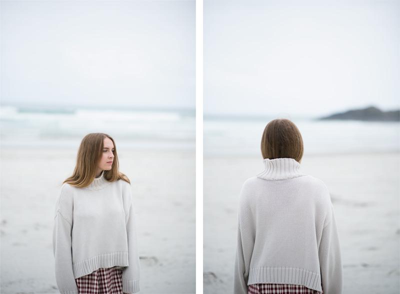 Fashion Blogger   Kendra Alexandra   ASOS Turtleneck Sweater, Reformation Plaid Skirt, Meadowlark Rings