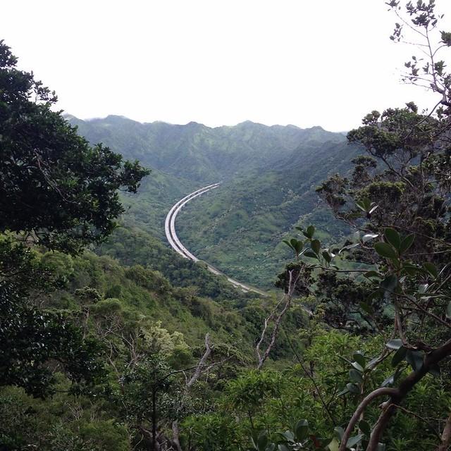 Aiea Loop Trail highway