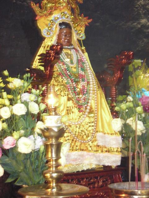 Goddess Ponaga statue, Thap, Nikon COOLPIX L3