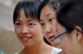 Chinesische Englisch-Studentinnen in Zhangye. Foto: Günther Härter.
