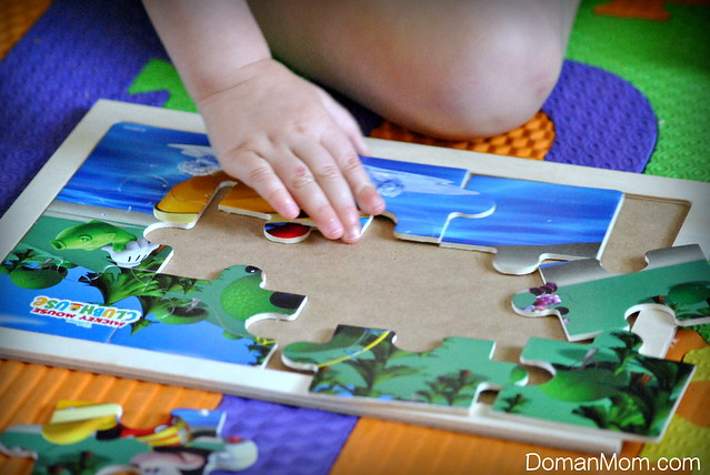 How to Teach Your Little Toddler to Do Jigsaw Puzzles (ages 1-2 years)