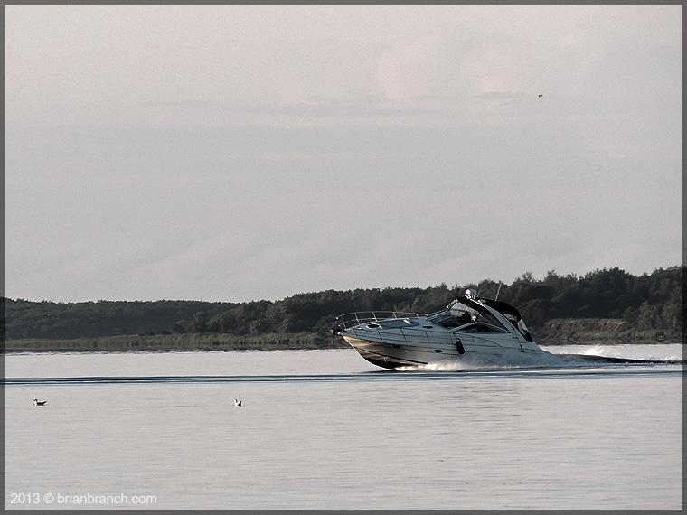 DSCN2182_boat_cocagne