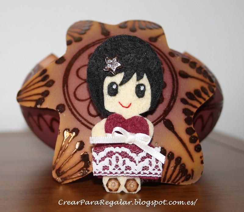 Broche de Fieltro muñeca Eula