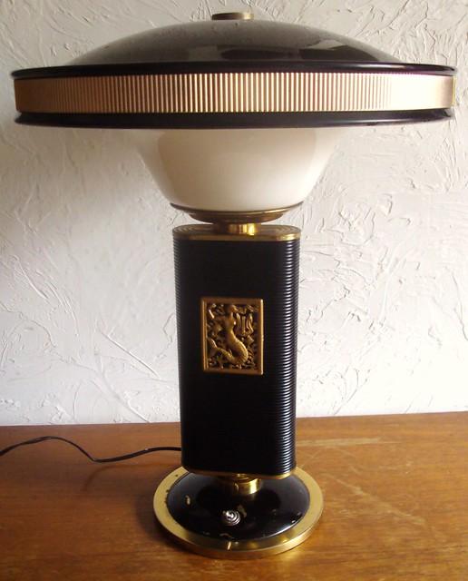 eileen gray lampe jumo sirene art deco 1940 moderniste bauhaus streamline lamp. Black Bedroom Furniture Sets. Home Design Ideas